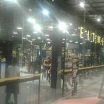 ช่างกระจกอลูมิเนียม ช่างกั้นห้องกระจกนิรภัยในห้าง
