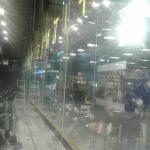 ช่างกระจกอลูมิเนียม ช่างรับติดตั้งกระจกในห้าง