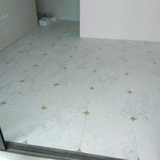 floor (90)